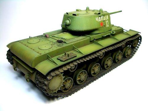 KV-1 1941年型〈鋳造砲塔〉  ③