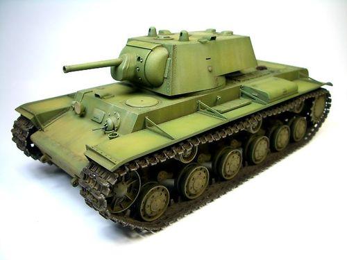 KV-1 1940年型〈溶接砲塔〉  ②