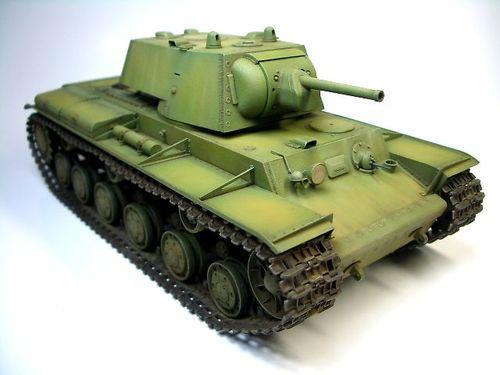 KV-1 1940年型〈溶接砲塔)  ①