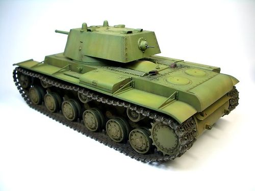 KV-1 1940年型〈溶接砲塔〉  ③